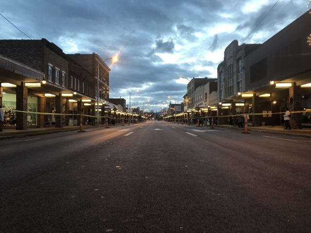 Before  Christmas Parade - Downtown Elizabethton, TN Empty Street